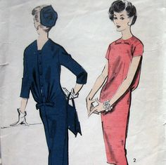 Advance 8726, Vintage 1950s Womens Dress Pattern Button Back