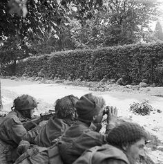 Men from the 1st Airborne Division during the battle of Arnhem
