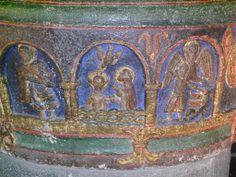 Mauriac (Cantal) Eglise Notre-Dame des Miracles - cuve baptismale - détail