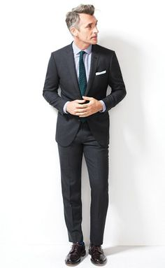 Fitted suit. #men #fashion #suit