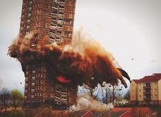 redhousecanada:  deseopolis:ilikearchitecture: Red Road Flats Demolition, Glasgow, Scotland