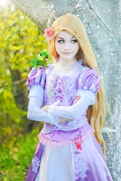 Rapunzel – Tangled – Cosplay by srcircusdoll.devi… on Rapunzel – Tangled – Cosplay by srcircusdoll.devi… on Cosplay Anime, Cosplay Disney, Tangled Cosplay, Epic Cosplay, Amazing Cosplay, Cosplay Outfits, Cute Cosplay, Bleach Cosplay, Rapunzel Wig