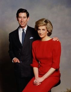 January Portrait of Princess Diana and Prince Charles by Terence Donovan released to commemorate the visit to Australia. Princess Diana Fashion, Princess Diana Photos, Princess Diana Family, Prince And Princess, Princess Kate, Princess Charlotte, Princess Of Wales, Prince Harry, Charles X