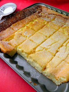 kevert túrós 50 dkg g tejföl dkg ek ek cukor… Hungarian Desserts, Hungarian Recipes, Fun Desserts, Delicious Desserts, Dessert Recipes, Healthy Sweets, Sweet Cakes, Yummy Snacks, Relleno