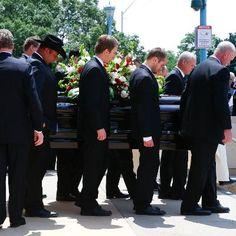 Hockey Legend Gordie Howe Celebrated at Detroit Funeral #Sports  Hockey Legend Gordie Howe Celebrated at Detroit Funeral Wayne Gretzky Bobby Orr Scotty Bowman Gary Bettman and more were were