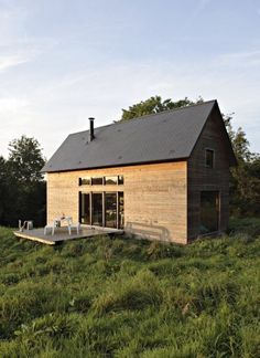979 Sq. Ft. Cabin for a Small Family Photo.  Graceful and rustic