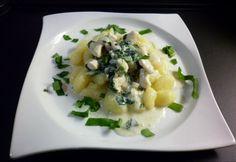 Medvehagymás-tejszínes csirkemell gnocchival Hungarian Recipes, Hungarian Food, Gnocchi, Risotto, Potato Salad, Potatoes, Ethnic Recipes, Hungarian Cuisine, Potato