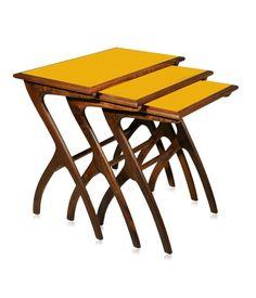 Conjunto de mesa lateral.