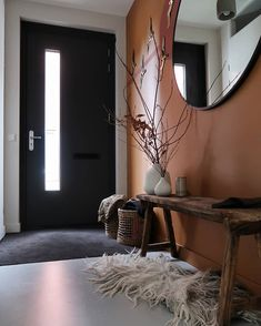 De make-over van onze hal en toilet met verf van Farrow & Ball Diy Bedroom Decor, Living Room Decor, Flur Design, Soho House, Inspired Homes, First Home, Home Decor Inspiration, Decor Ideas, Cheap Home Decor