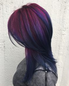 long layer cut with deep purple ends and hot violet roots # different Braids colour 50 Hair Color Styles To Rock In 2019 Hair Color Purple, Cool Hair Color, Deep Purple Hair, Change Hair Colour, Purple Nails, Dark Hair Colours, Purple Peekaboo Hair, Dark Violet Hair, Funky Hair Colors