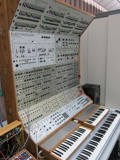 Electrocomp - My dream as a teenager, but I never saw them build anything like this!