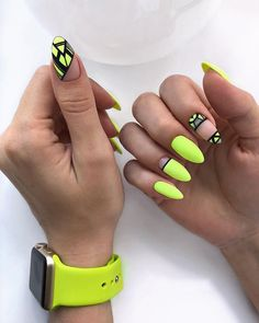 Neon nails – the flagship and colorful trend of summer 2019 – neon nail art Neon Yellow Nails, Yellow Nails Design, Neon Nail Art, Yellow Nail Art, Neon Nails, Pink Nails, My Nails, Bright Nails, Acrylic Nail Designs