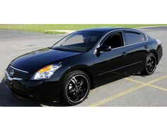 My favorite everyday car Nissan Altima<3