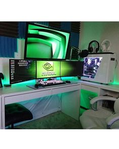 "3,817 Likes, 15 Comments - Brandon: Setups and Builds! (@officialsetups) on Instagram: ""This sick setup was found from @nvidiageforce and created by @frosted_gaming! It's pretty clear…"""