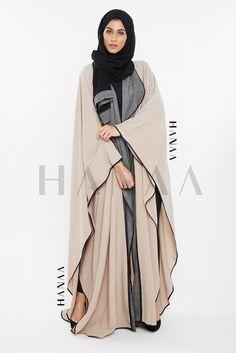 noon Designer Coat Style Abaya With Matching Sheila Beige Muslim Women Fashion, Islamic Fashion, Pakistani Dress Design, Pakistani Frocks, Abaya Fashion, Modest Fashion, Women's Fashion, Fashion Design, Arab Girls Hijab