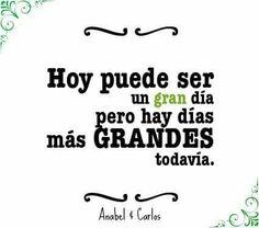 Hoy es domingo y puede ser ese día que empieces a cambiar tu vida, todo está en tu mano. #anabelycarlos blog.carlossanin.com