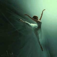My life = BALLET! My favorite/most inspiring ballet dancers: Maria. Dance Photos, Dance Pictures, Dance Like No One Is Watching, Dance Movement, Shall We Dance, Ballet Photography, Movement Photography, Action Photography, Ballet Beautiful