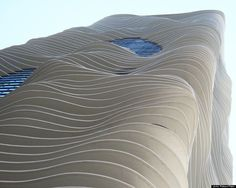 18 Structures that Prove that Chicago is America's Best Architectural City (Huffington Post).