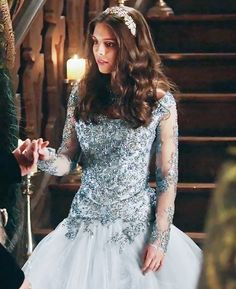 Reign Fashion, Fashion Tv, Kenna Reign, Lady Kenna, Reign Serie, Caitlin Stasey, Reign Mary, Reign Dresses, Bride Book