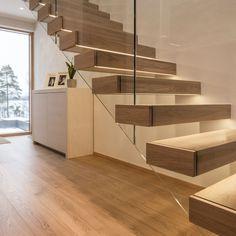 Grado Leiju Glass Staircase, Home Interior Design, Interior Design Hallway, Flooring, Staircase Architecture, House, Modern, House Interior, Deco