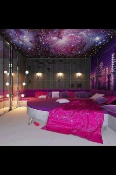 Home theater idea. This could also be used as a sleepover room.