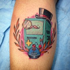 Gracias bro! Pieza de esta mañana! #tattoo #tattoos #tatuaje #tatuajes #bmo #adventuretime #adventuretimetattoo #horadeaventuras #tattooadventuretime #tattoohoradeaventuras #bmotattoo #tattoobmo #tatuajebmo #tatuajehoradeaventuras #mct #mrcrowleytattoo #barcelonatattoo #tattoobarcelona #elprattattoo #tattooelprat