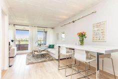 FINN – Ammerud: Meget pen 4-roms m/lekkert bad og pent kjøkken.Inngl. solrik balkong på 11 kvm. Barnevennlig og nær marka!