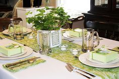 Stranded in Cleveland: St. Patrick's Day Table Décor | Shamrock Centerpiece | Irish/Green Décor