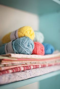 yarn & fabric in soft colors. Crochet Motifs, Knit Crochet, Ikea Leksvik, Yarn Thread, Haberdashery, Wool Yarn, Knitting Patterns, Loom Knitting, Crochet Projects