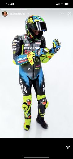 Valentino Rossi 46, Vr46, Love Me Forever, Motogp, Cars And Motorcycles, Wetsuit, Pilot, Swimwear, God