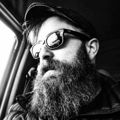 This is @chrisjofalcon3 REGRAM   BΣΛЯDΣD VILLΛIПS   BEARD GAINS.  Tagged by my #truebrother and fellow Saint @deadsupermodel for a Black & White SDS. Play along.  Love me love my beard.  @beardedvillains @beardedvillains_newengland  @von_knox  #sds #beard