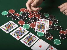 Tingkat keamanan memang hal yang paling penting di dalam situs Agen Judi Poker Online, banyak sekali fitur-fitur keamanan yang ditawarkan oleh situs terpercaya