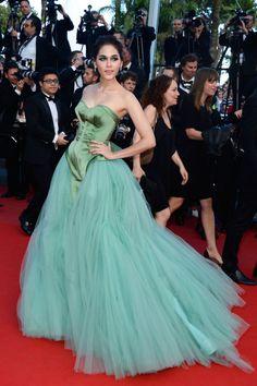 Fabulously Spotted: Araya A. Hargate Wearing Zac Posen - 'Cleopatra' 2013 Cannes Film Festival Premiere - http://www.becauseiamfabulous.com/2013/05/araya-a-hargate-wearing-zac-posen-cleopatra-2013-cannes-film-festival-premiere/