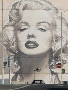 Street Art 360° @StreetArtEyes1 36m36 minutes ago Issy-les-Moulineaux, Ile-de-France  Artist: Irma Location: Cannes, France #streetart #art #graffiti
