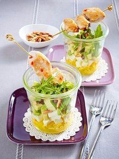 Im Glas serviert macht die einfache Vorspeise richtig was her.