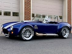 1965 Shelby Cobra Backdraft Racing Roadster - Classic Shelby Cobra 1965 for sale Cobra Replica For Sale, Shelby Cobra Replica, Ford Shelby Cobra, Shelby Car, Shelby Gt500, Roadster Car, Coolest Cars, 427 Cobra, Classic Race Cars