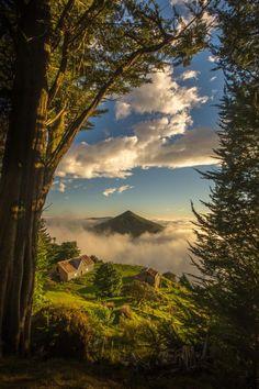 Cone na Nuvem. Península de Otago, Dunedin, Ilha do Sul, Nova Zelândia. Fotografia: David Steer