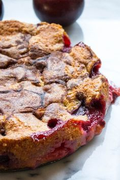 New York Times Famous Plum Torte (Video!) The New York Times Famous Plum Torte (Video!)The New York Times Famous Plum Torte (Video! Plum Torte, Plum Pie, Plum Cobbler, Food Cakes, Cupcake Cakes, Cupcakes, Cheesecake Caramel, Baking Recipes, Cake Recipes