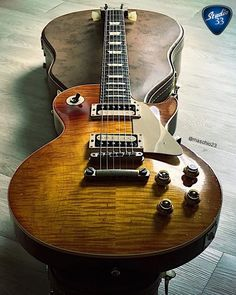 It's #Gibsunday! @maschio23 knows how to celebrate. Look at this beauty! #Gibson #Lespaul #Studio33Guitar