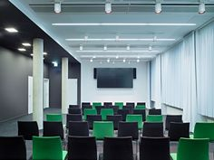 deWinder_Groupon9_Photo Mark Seelen. Common conference and theater room. Creative office.