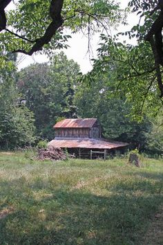 North Carolina tobacco barn