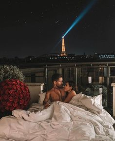 Shared by ℝ𝕠𝕔𝕜. Find images and videos about love, couple and goals on We Heart It - the app to get lost in what you love. Relationship Goals Pictures, Cute Relationships, Couple Tumblr, Rich Couple, Luxury Couple, Couple Goals Cuddling, Hotel Paris, Photo Couple, Cute Couples Goals