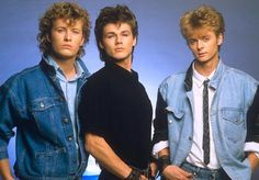 music Way back in a trio of Norwegian musicians formed a band called A-ha and left Norway for the bright lights of London to see if they could m. 80s Rock Bands, Pop Bands, Music Bands, Aha Band, Look 80s, Je Chante, We Will Rock You, We Are The World, 80s Music
