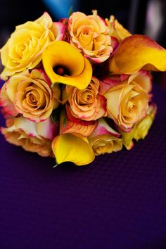 These are beautiful! #Minnesota #weddingflowers #Minnesotaweddingphotographers http://www.bellagala.com/wedding-floral/index.html