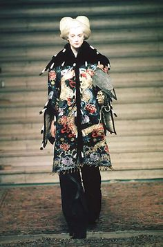 1997-98 - Mc Queen 4 Givenchy Couture show - Honor Fraser