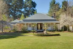 Approximately 11 park like acres in a picturesque rural setting between Burradoo and Moss Vale. Australian Country Houses, Australian Homes, Country Home Exteriors, Country Homes, Old Style House, Caribbean Homes, Farm Cottage, Facade House, House Goals