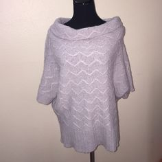 Gray sweater Nwot 28 in long Sweaters Shrugs & Ponchos