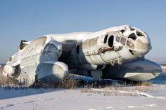 El Bartini Beriev VVA-14 fue un avión experimental de despegue vertical con capacidad anfibia desarrollado en la Unión Soviética en la década de los 70. Sólo se llegaron a construir dos unidades de este prototipo.   Wikipedia / Alex Beltyukov