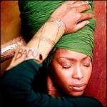 Erykah Badu is a vegan singer - R&B