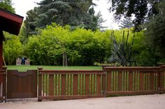 Fence ideas for the Tiny Bungalow...love this for the front yard if we ever decide to fence it in!